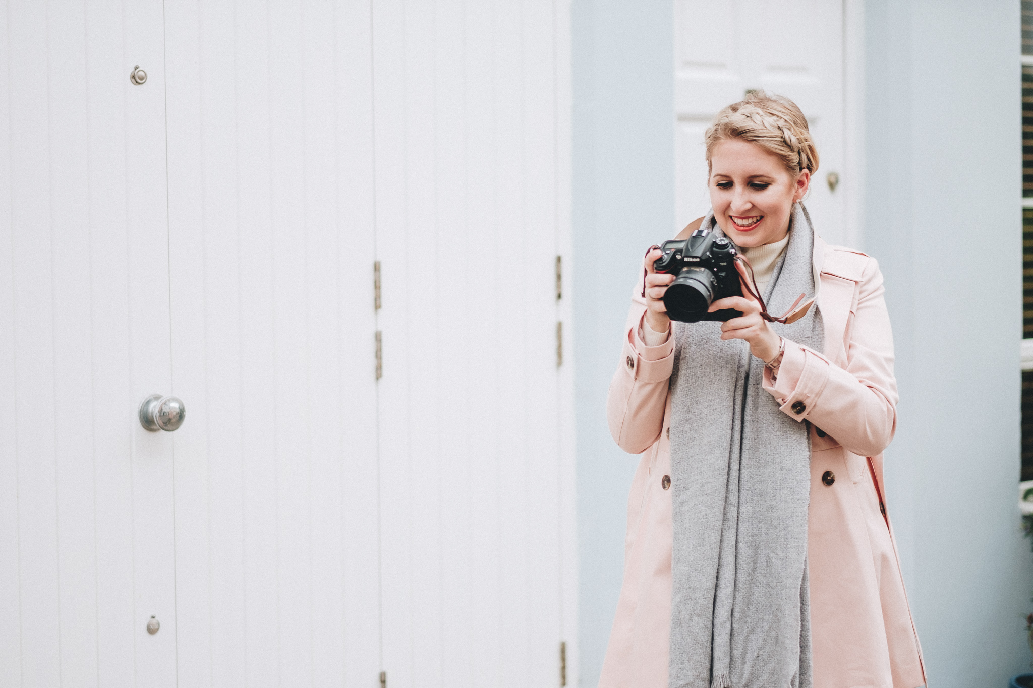 FXT18440 London Personal Brand Photographer Hayley Richardson | The London Mews | Personal Brand Photography