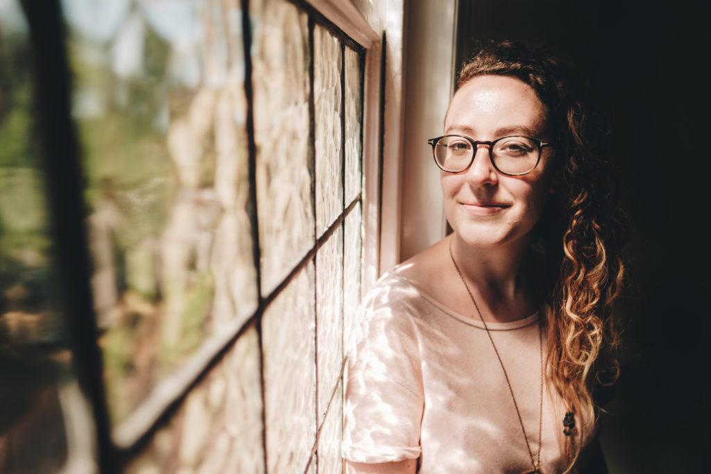 FXT10207 Kat Nicholls Kat Nicholls | Leamington Spa Personal Brand Photographer