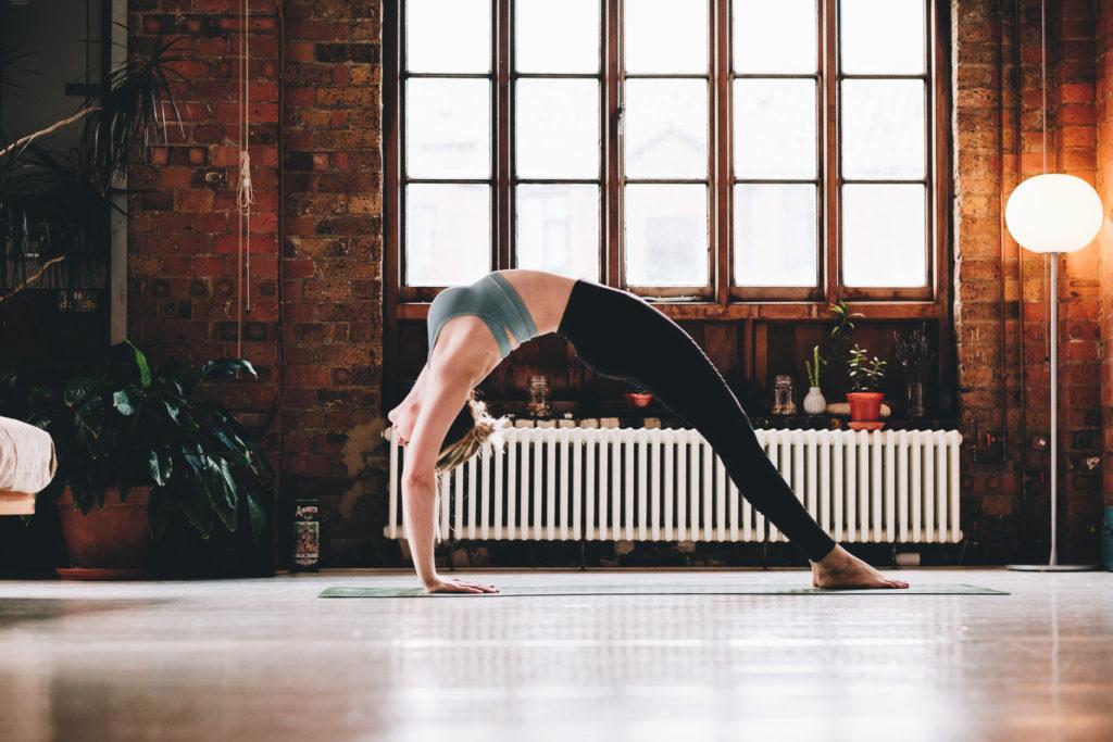 FXT11385 Yoga Photographer London Surrey West Sussex Liv & Loren | Yoga Photography in East London Studio
