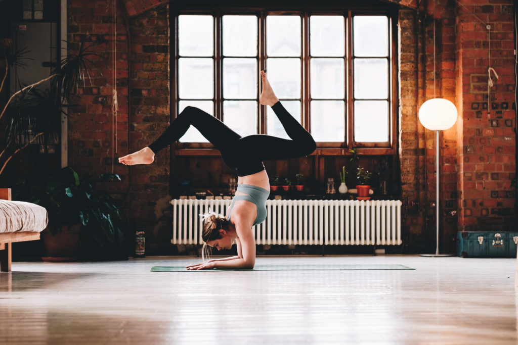 FXT11420 Yoga Photographer London Surrey West Sussex Liv & Loren | Yoga Photography in East London Studio
