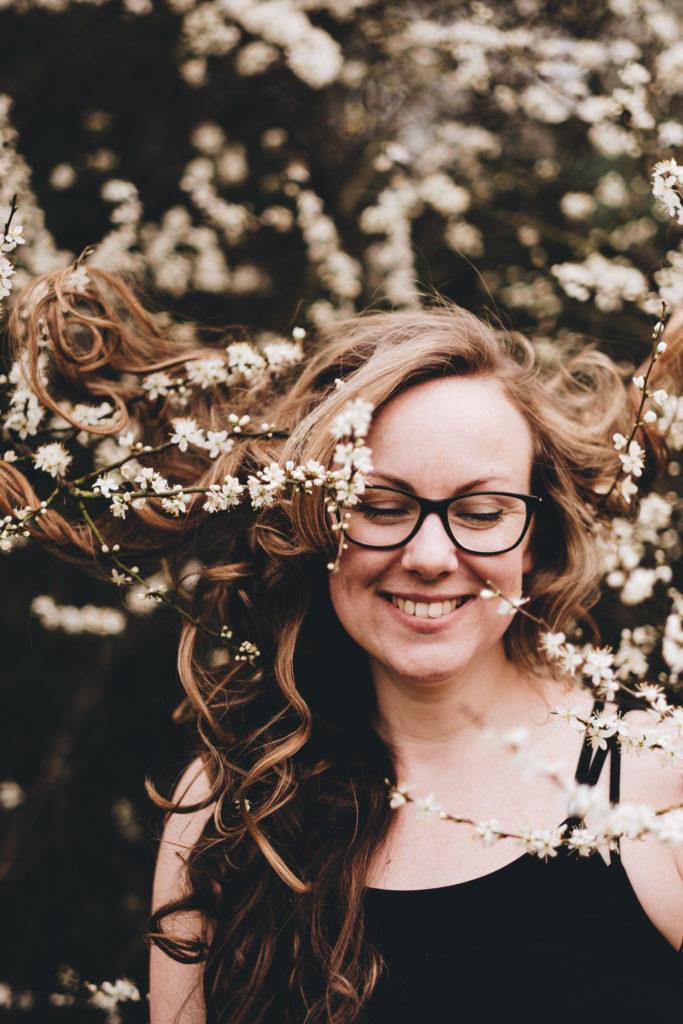 FXT13272 London Surrey Portrait Photographer Stretch Breathe Smile | Central London Yoga Photography