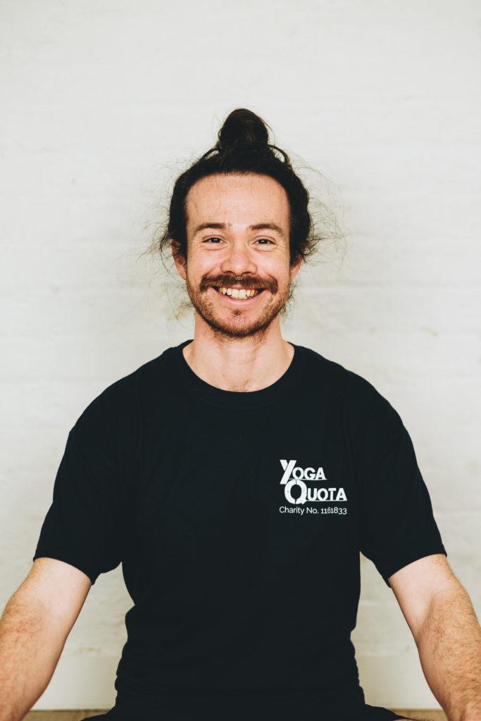 FXT18960 Adam Yoga Quota | Oxford Yoga Photographer